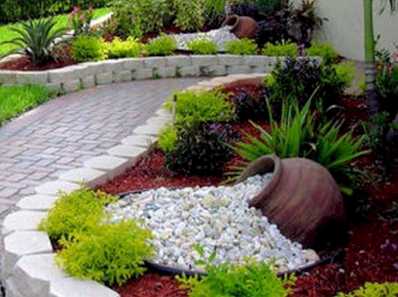 Cheap Front Yard Landscaping Ideas That Will Inspire 42