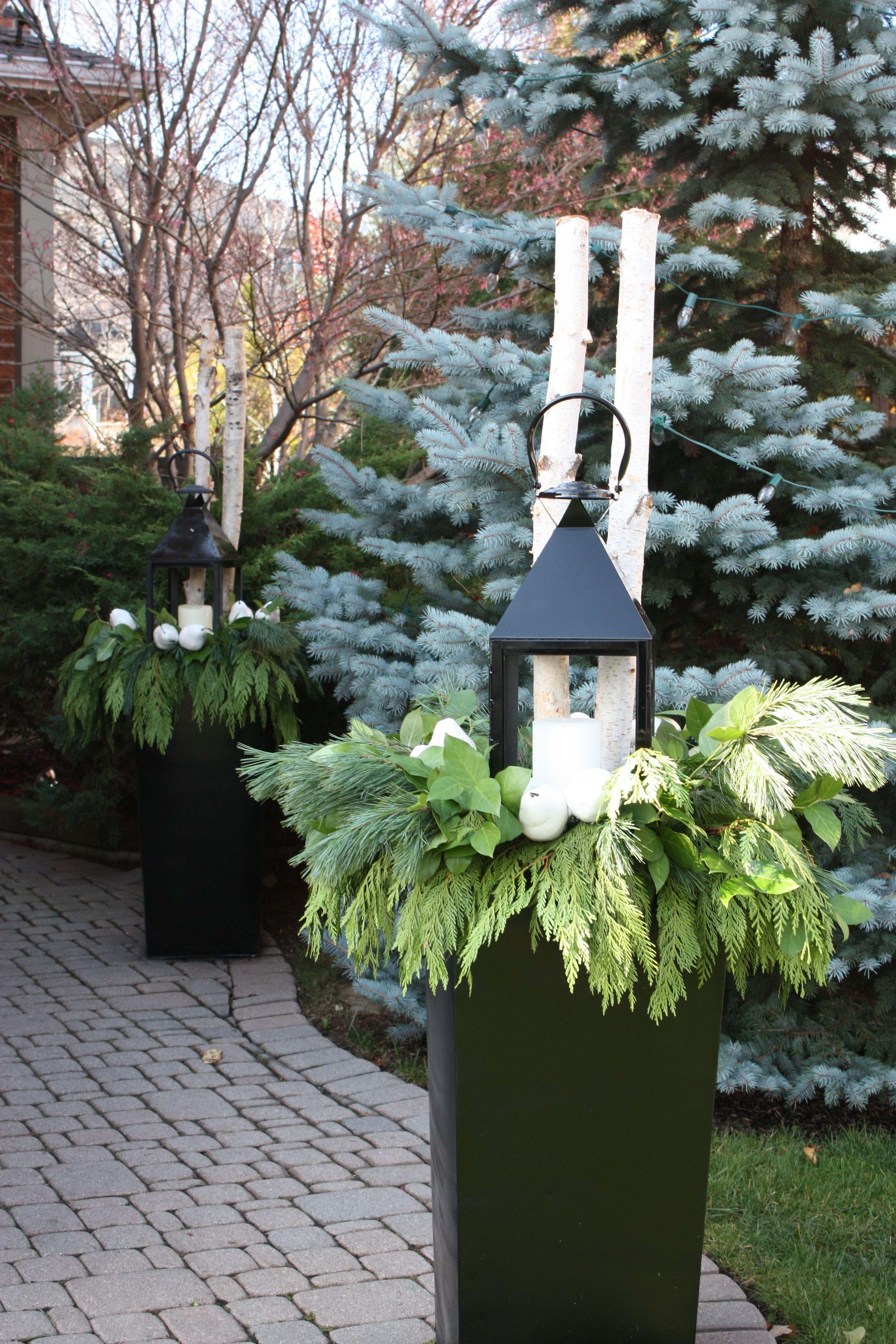 Cozy Decorative Garden Planters Design Ideas 08