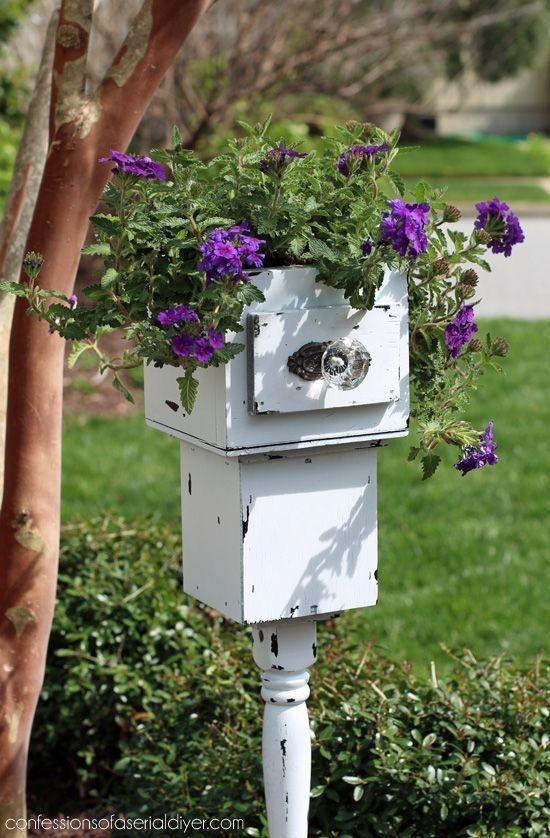 Cozy Decorative Garden Planters Design Ideas 16