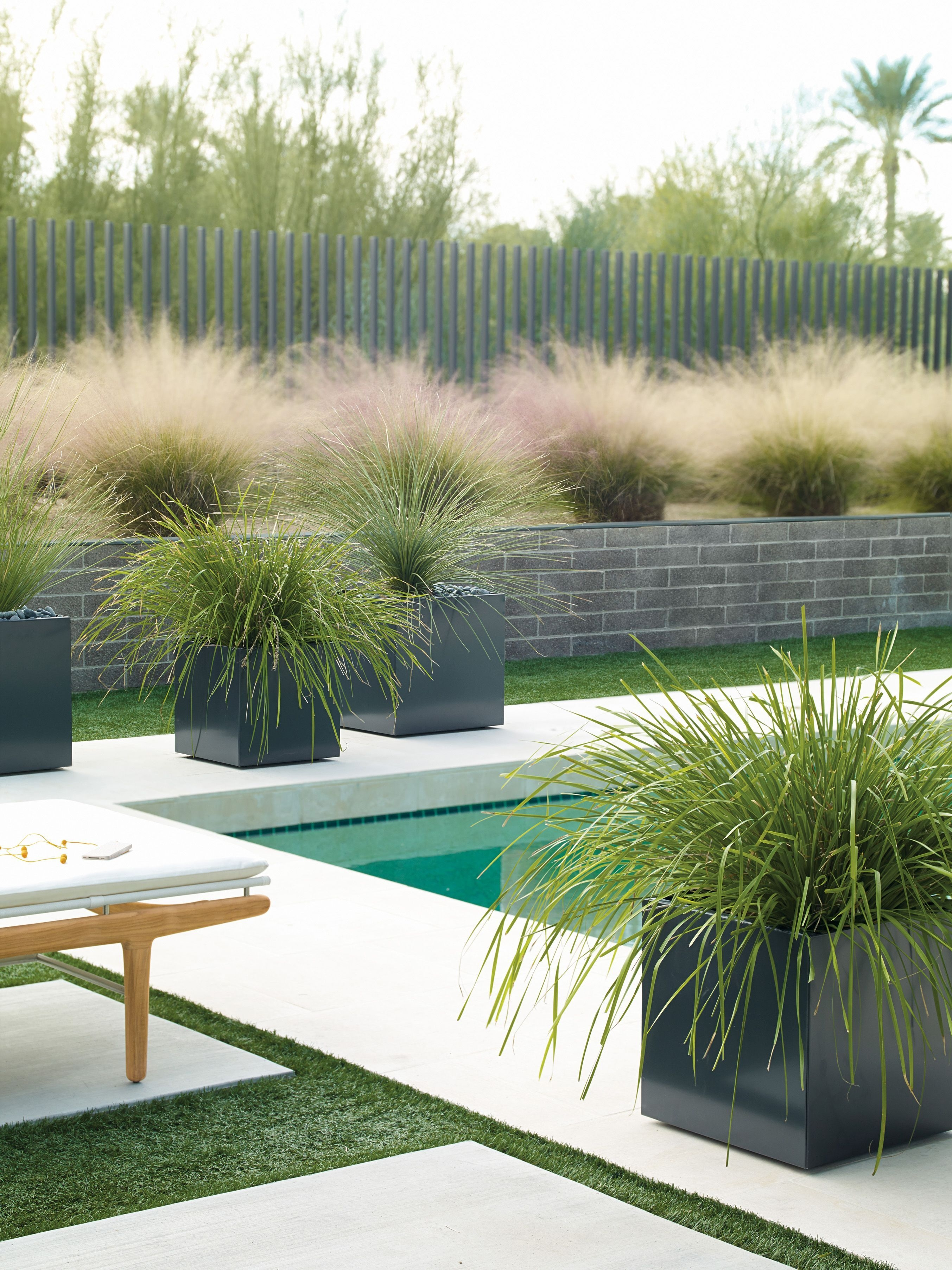 Cozy Decorative Garden Planters Design Ideas 19