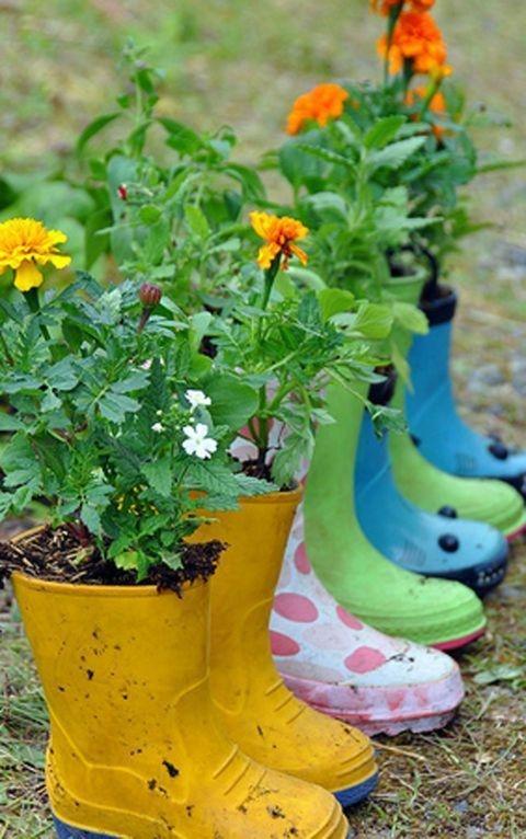 Cozy Decorative Garden Planters Design Ideas 24