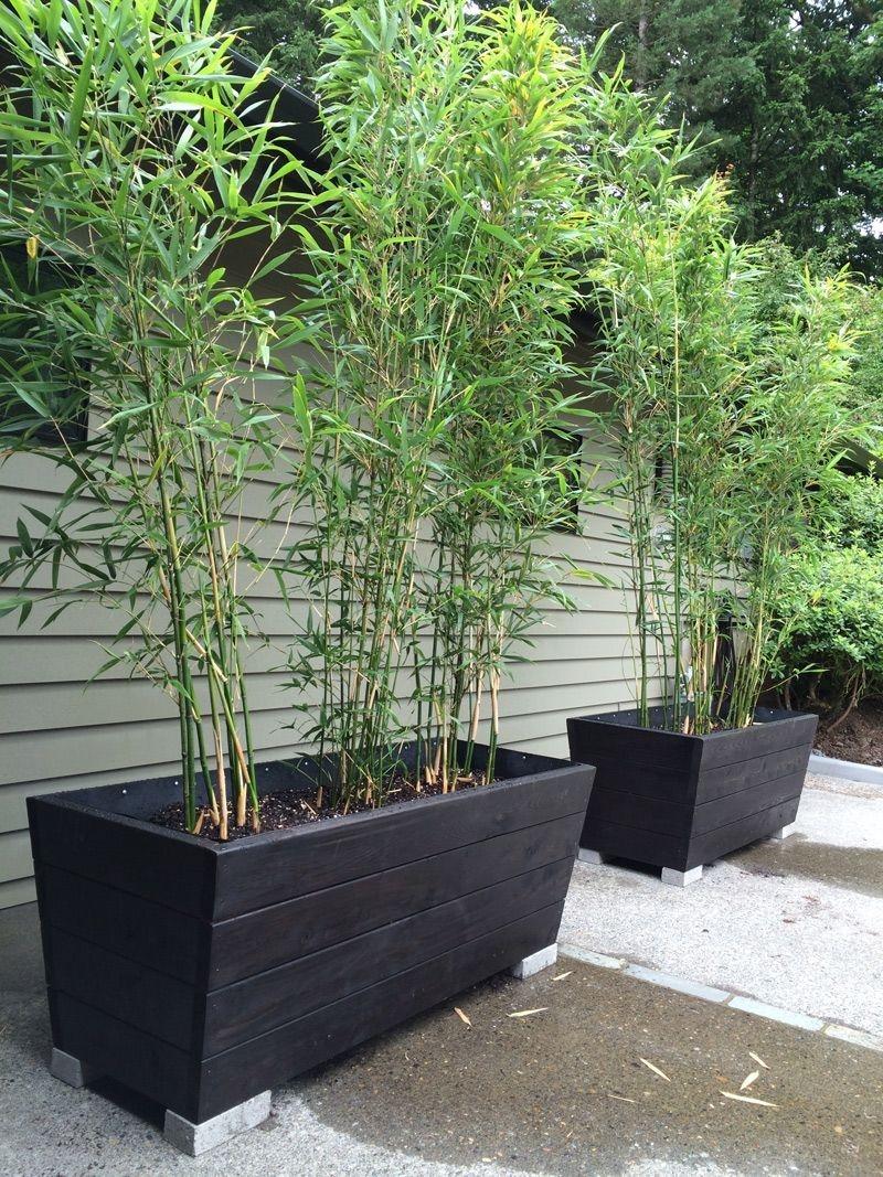 Cozy Decorative Garden Planters Design Ideas 30