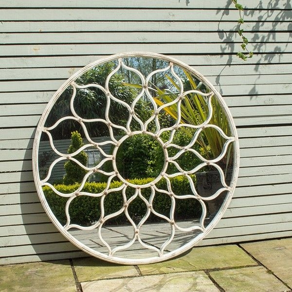 Cozy Decorative Garden Planters Design Ideas 33