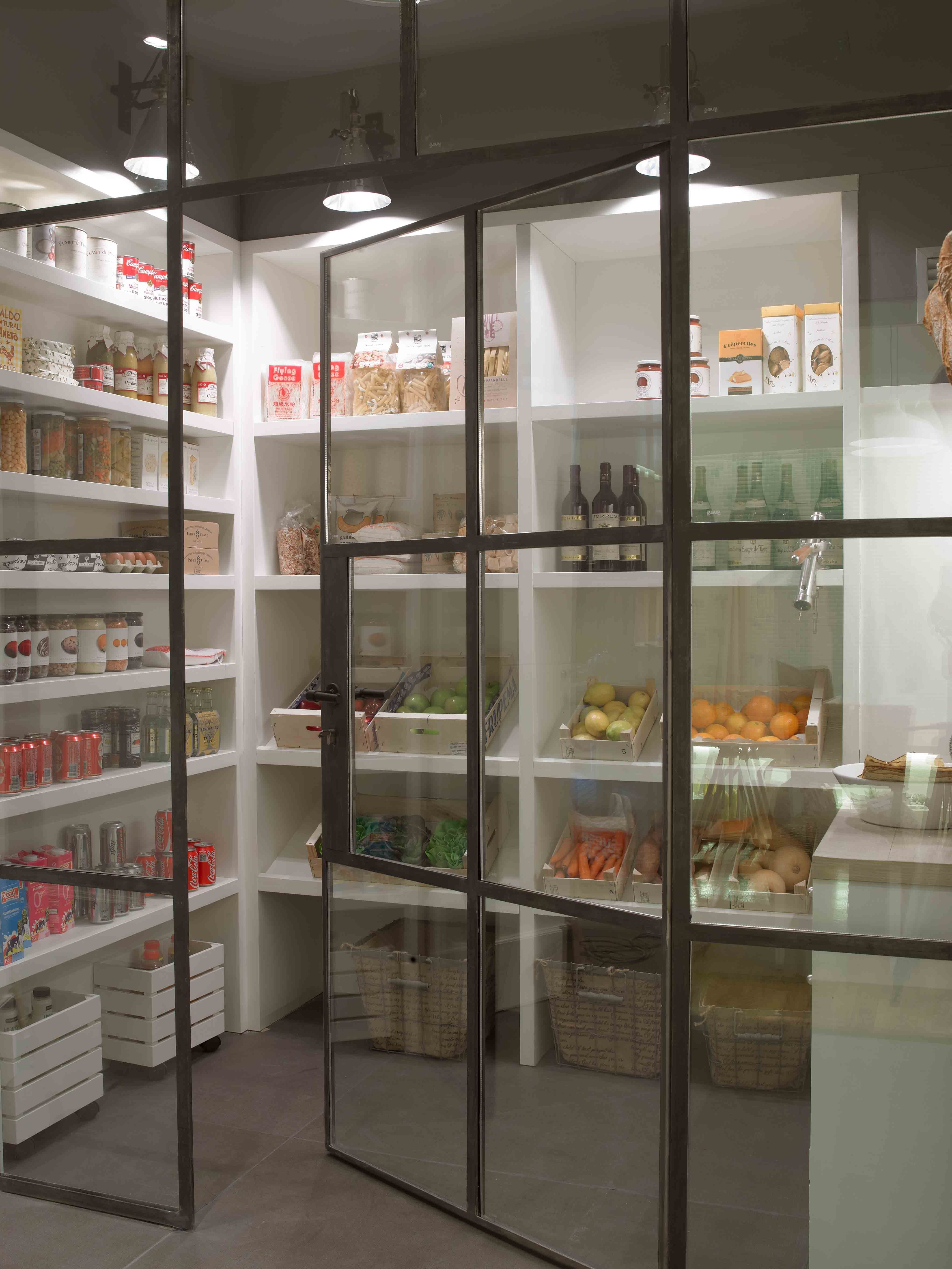 Cozy Kitchen Pantry Designs Ideas 06