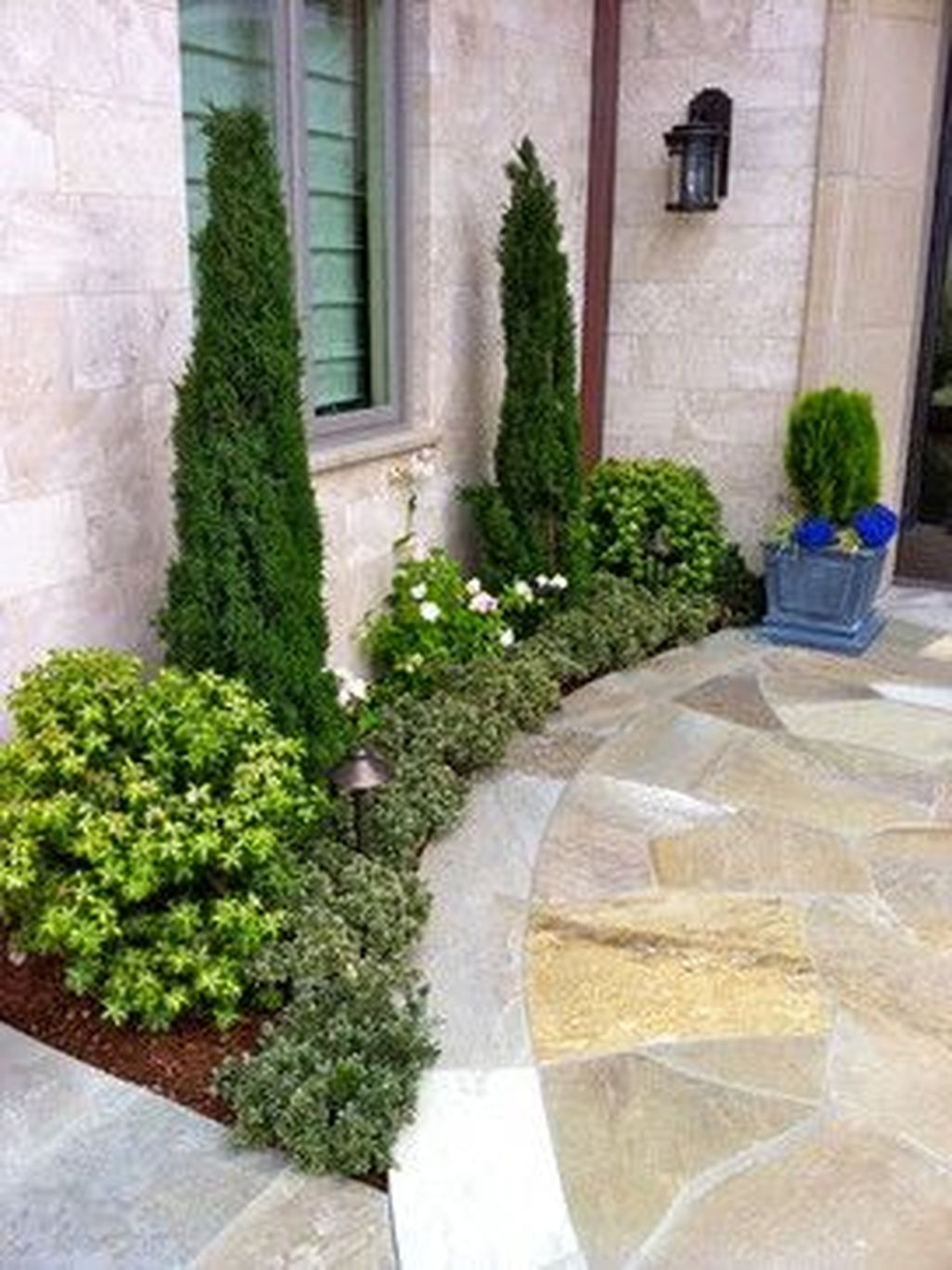 Easy And Low Maintenance Front Yard Landscaping Ideas 02