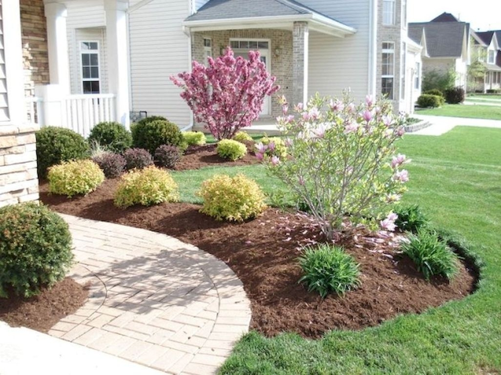 9 Easy And Low Maintenance Front Yard Landscaping Ideas  ZYHOMY