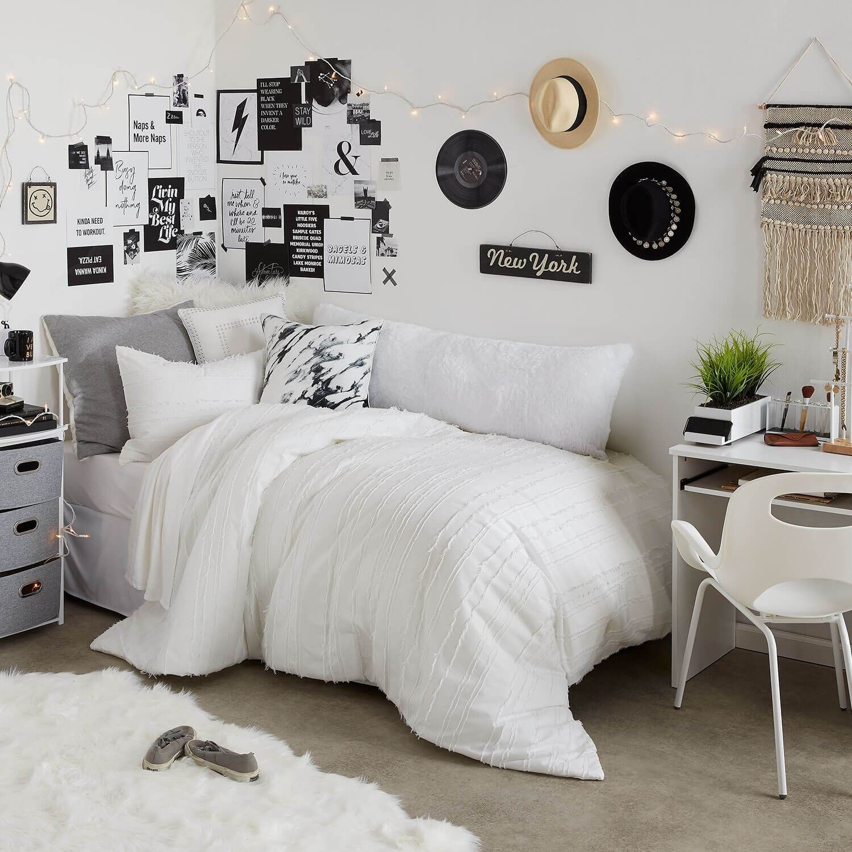 Efficient Dorm Room Organization Decor Ideas 12