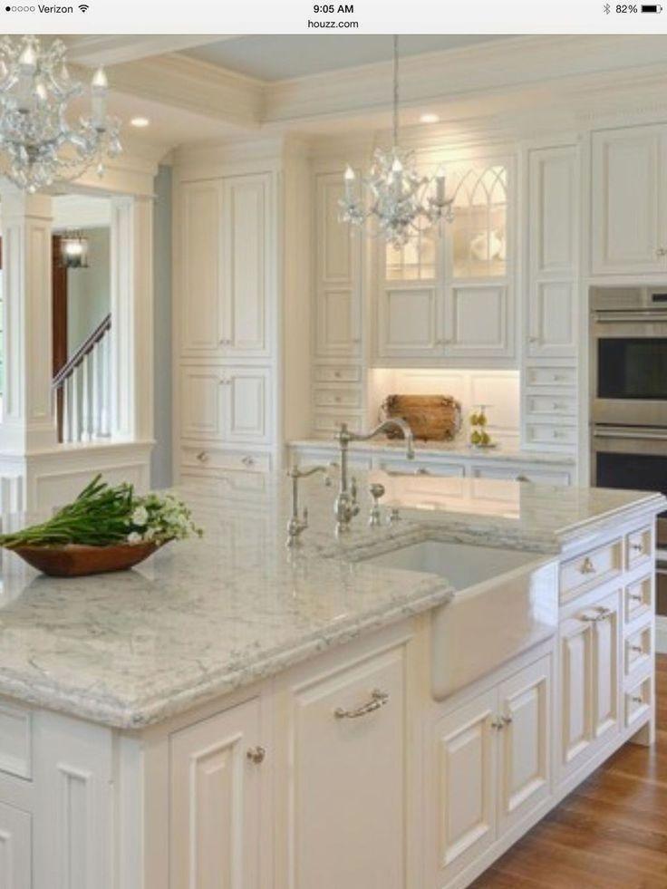 Elegant And Modern Kitchen Cabinet Design Ideas 09