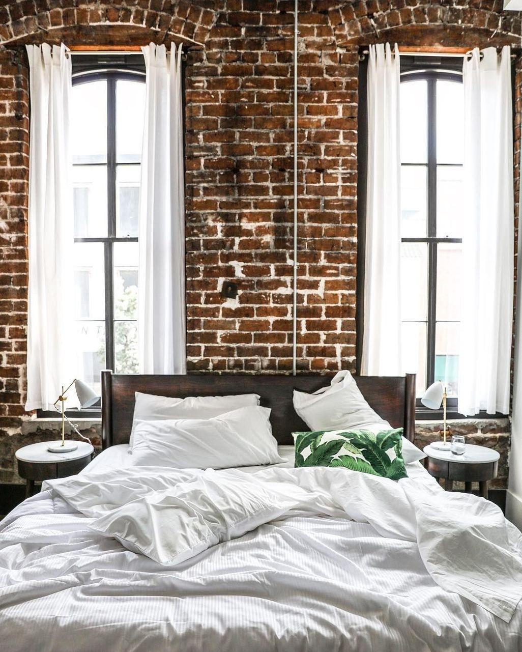 Elegant Exposed Brick Apartment Décor Ideas 11