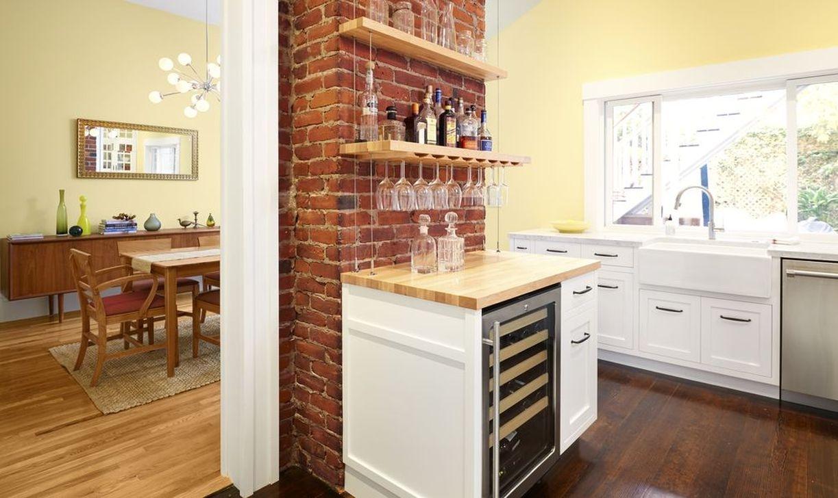 Elegant Exposed Brick Apartment Décor Ideas 34
