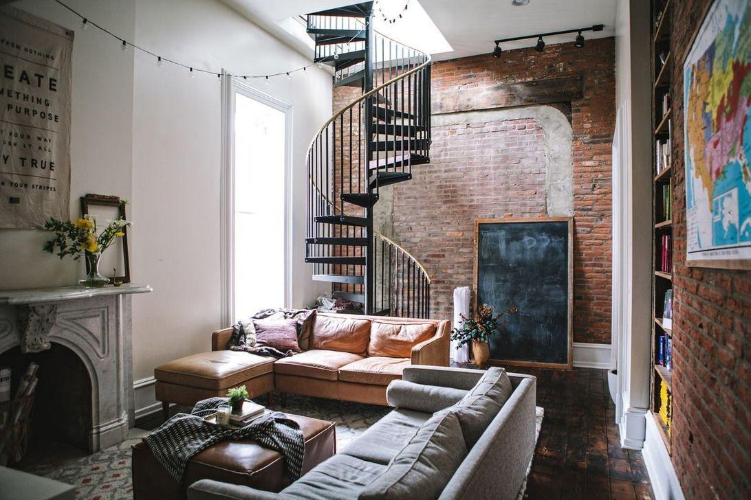 Elegant Exposed Brick Apartment Décor Ideas 49