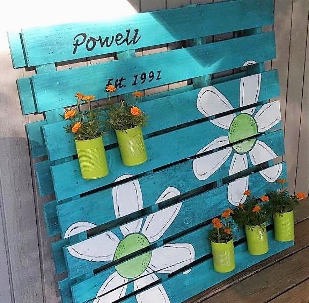 Elegant Farmhouse Garden Décor Ideas 06