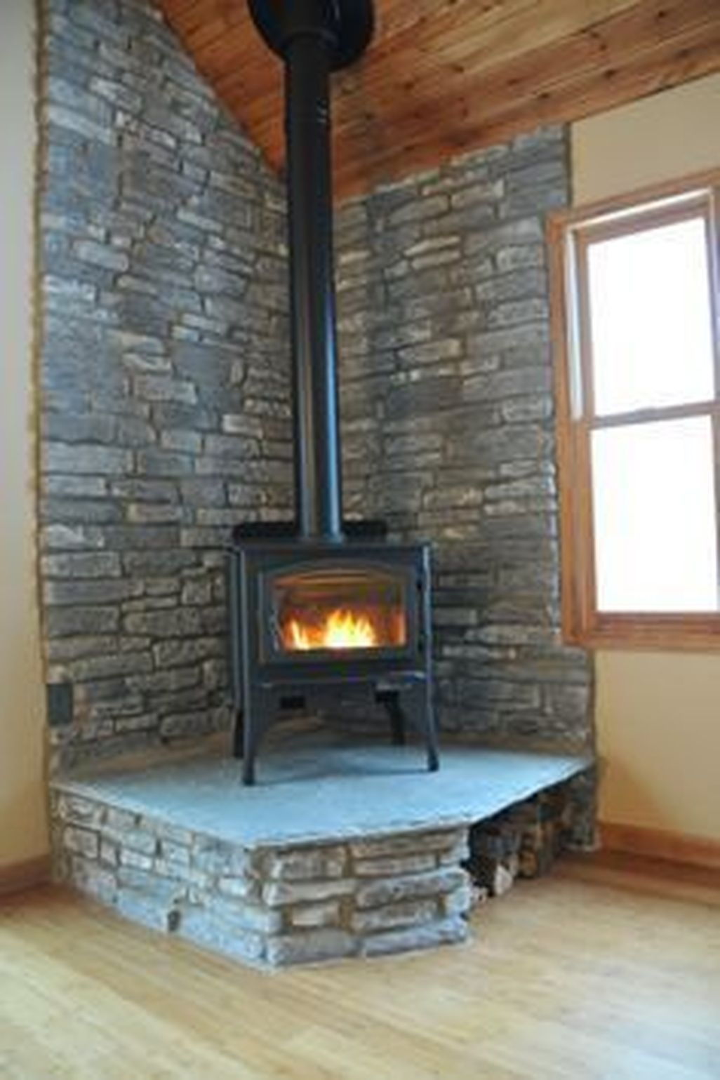 Inspiring Corner Fireplace Ideas In The Living Room 34
