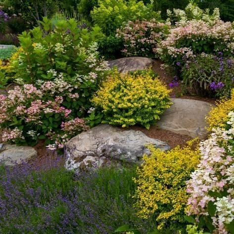 RSimple Rock Garden Decor Ideas For Front And Back Yard 13