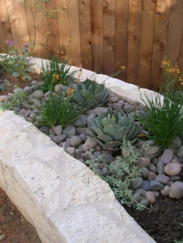 RSimple Rock Garden Decor Ideas For Front And Back Yard 22