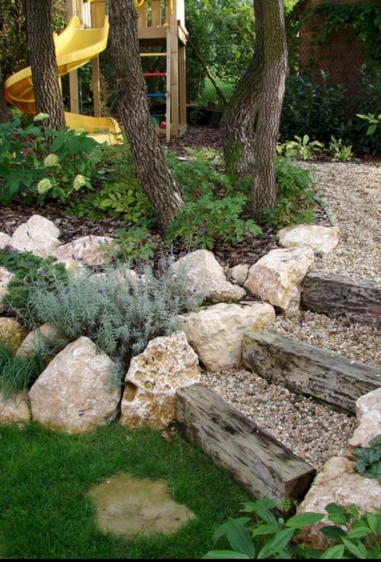 RSimple Rock Garden Decor Ideas For Front And Back Yard 24