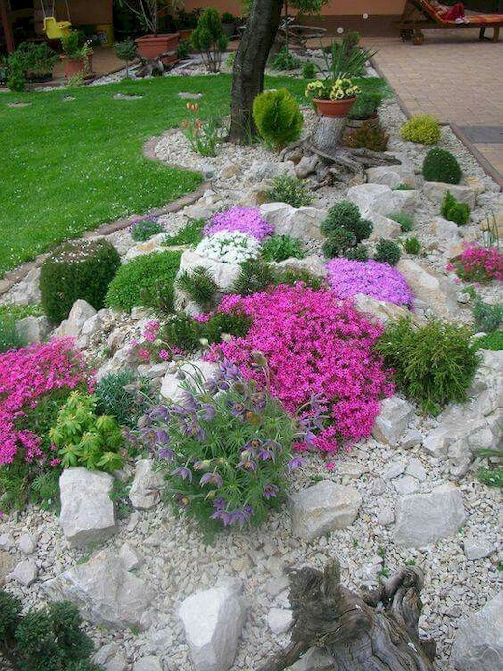 RSimple Rock Garden Decor Ideas For Front And Back Yard 33