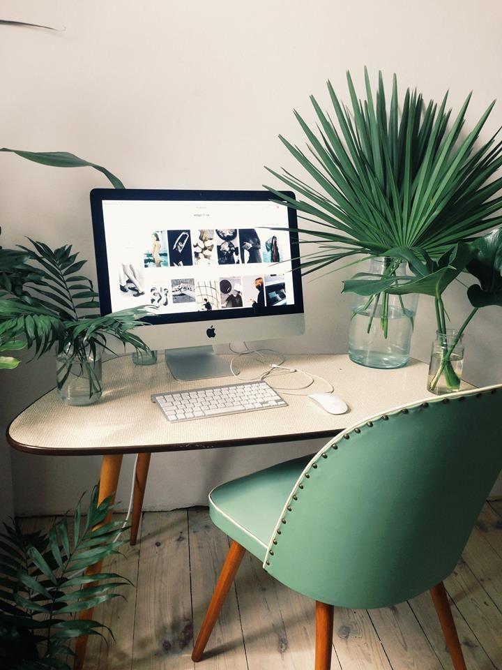 Relaxing Green Office Décor Ideas 12