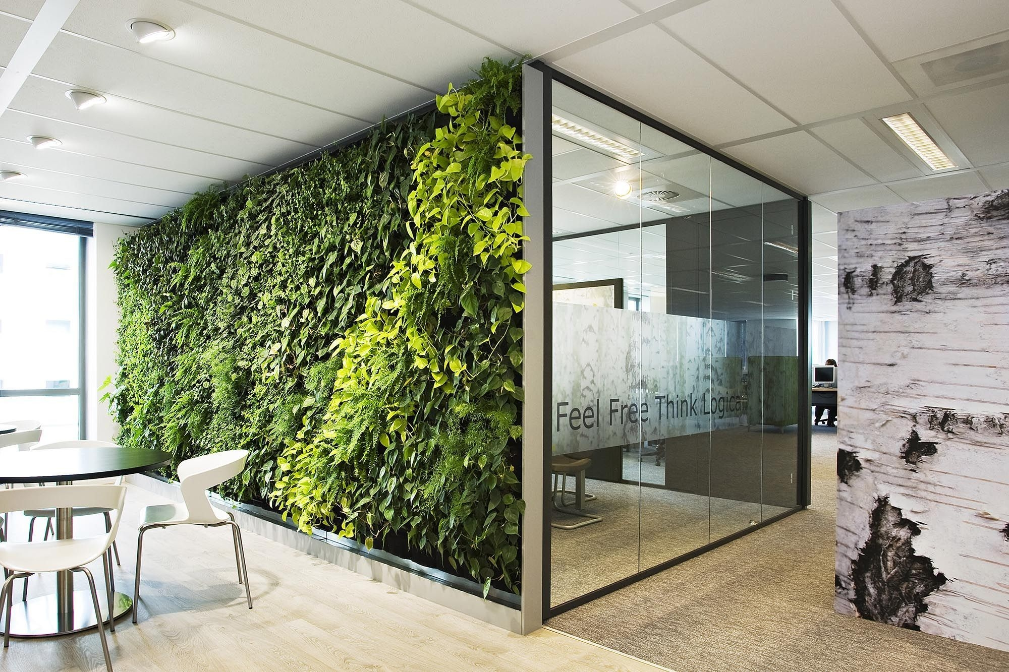 Relaxing Green Office Décor Ideas 17