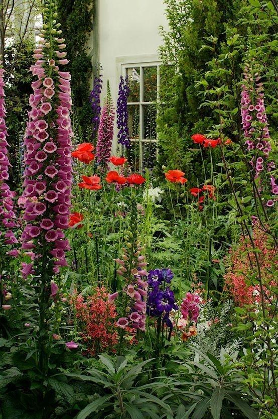 Relaxing Small Garden Design Ideas 15