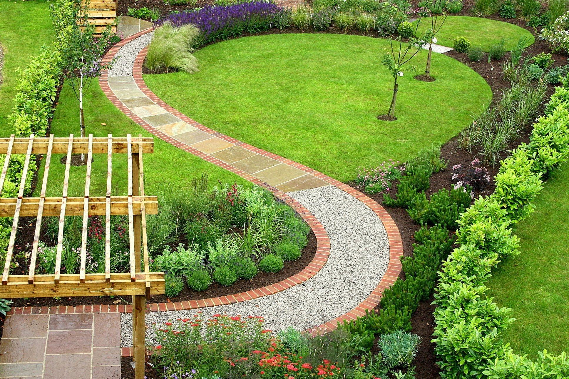Relaxing Small Garden Design Ideas 27
