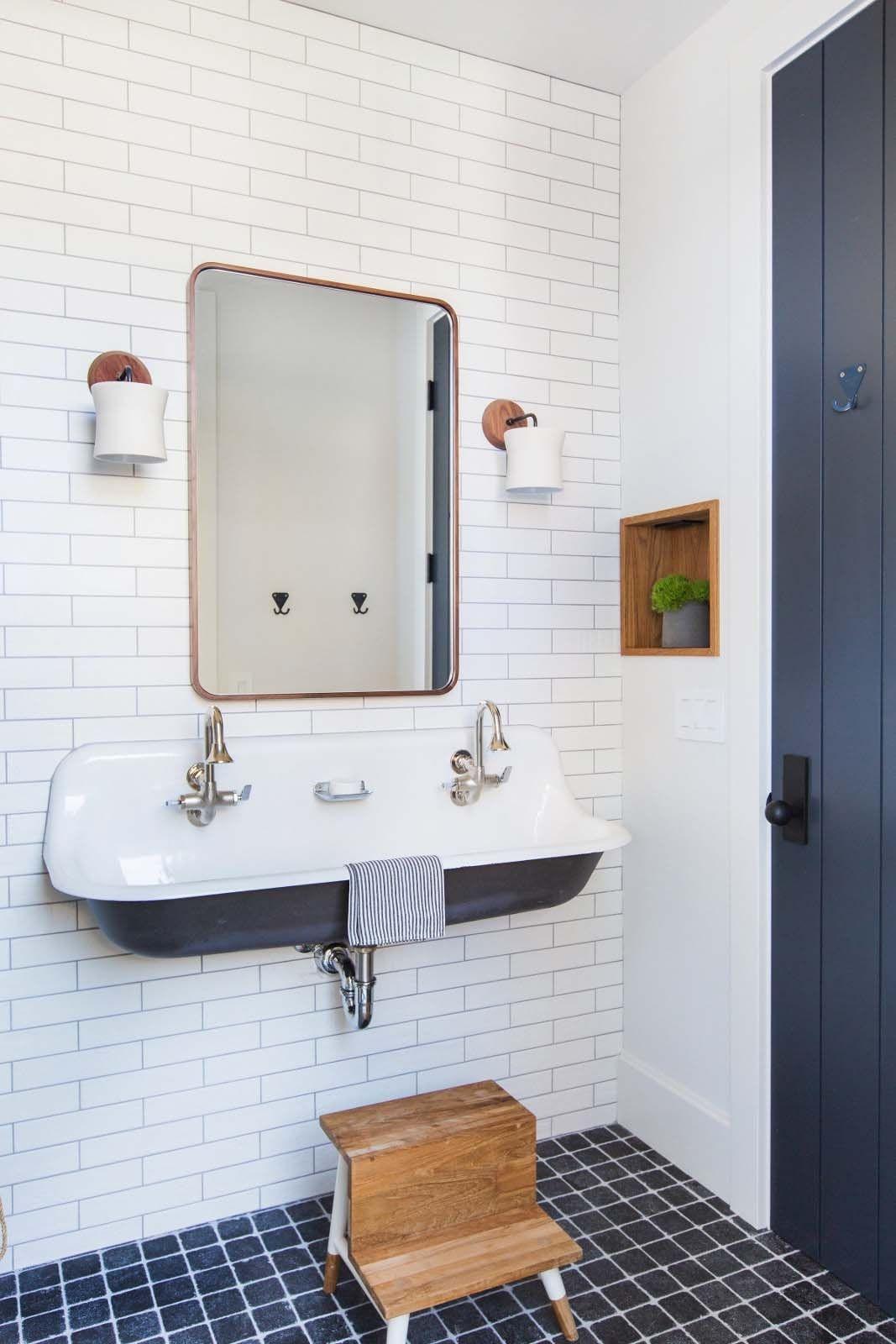 Awesome Bathroom Decor Ideas With Coastal Style 12