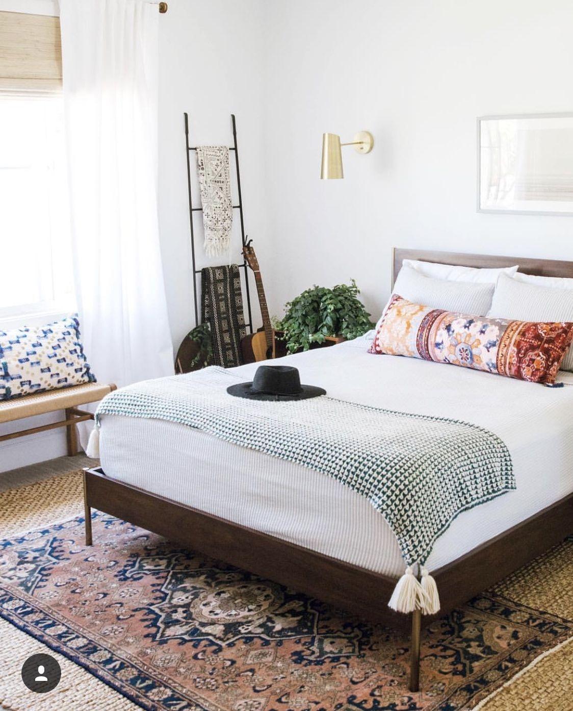 Comfy And Casual Farmhouse Home Design Ideas 33
