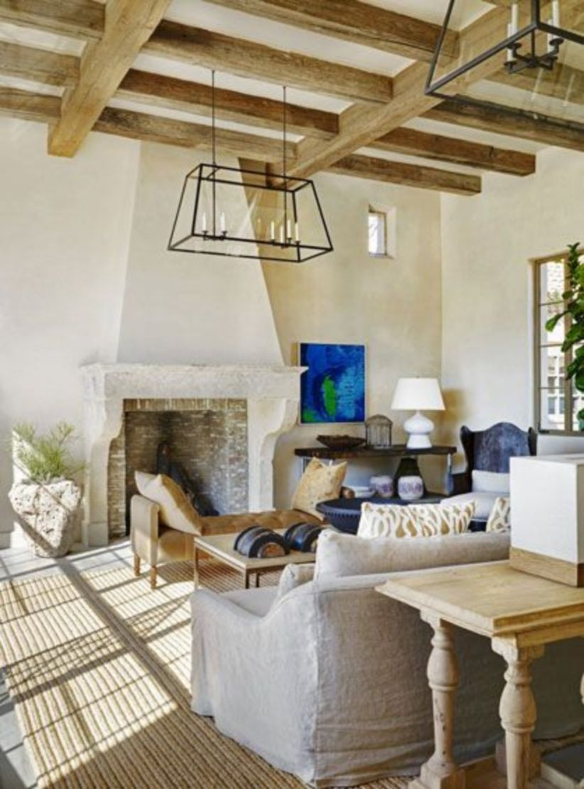 Comfy And Casual Farmhouse Home Design Ideas 38