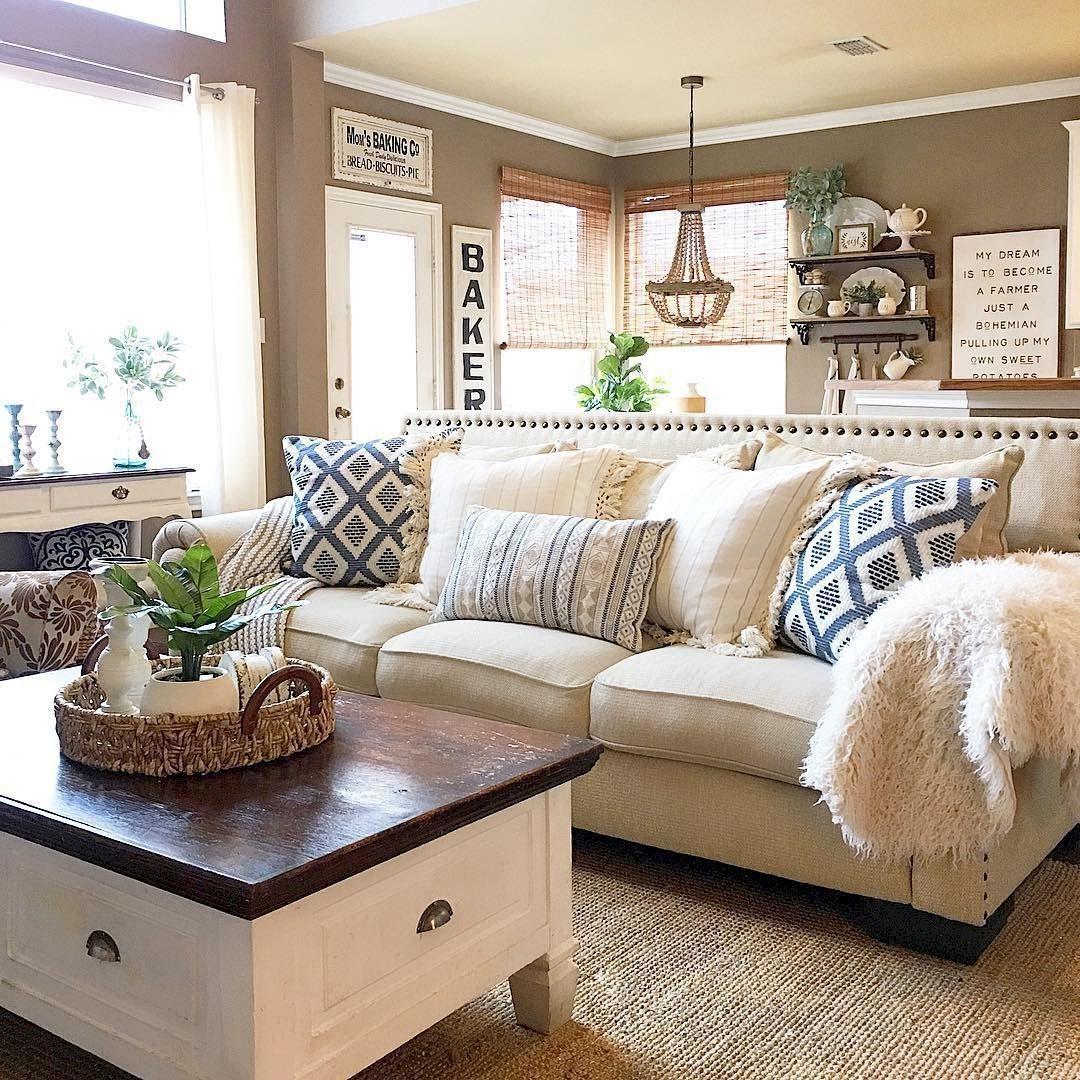 Comfy Rustic Living Room Decor Ideas 26
