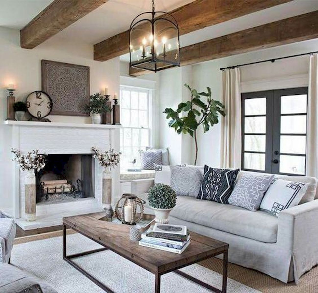 Comfy Rustic Living Room Decor Ideas 27