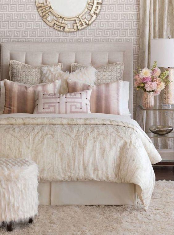 Cozy Small Apartment Bedroom Remodel Ideas 37