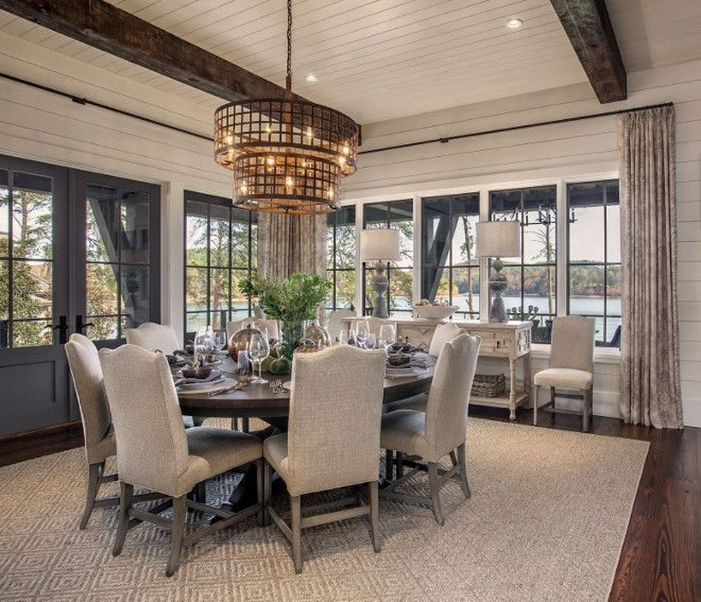 Creative Dining Room Rug Design Ideas 34