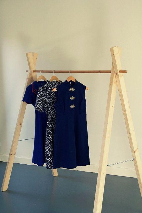 Easy And Practical Clothing Racks For Casual Décor Ideas 01