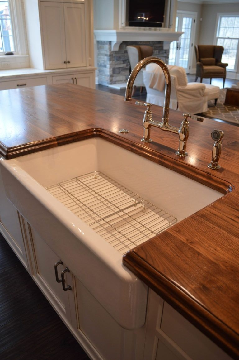Fascinating Kitchen Countertops Ideas For Any Home 48