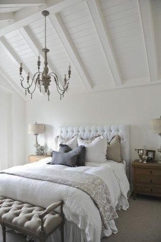 Lovely Small Master Bedroom Remodel Ideas 30