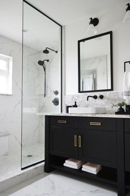 Luxury Black And White Bathroom Design Ideas 27