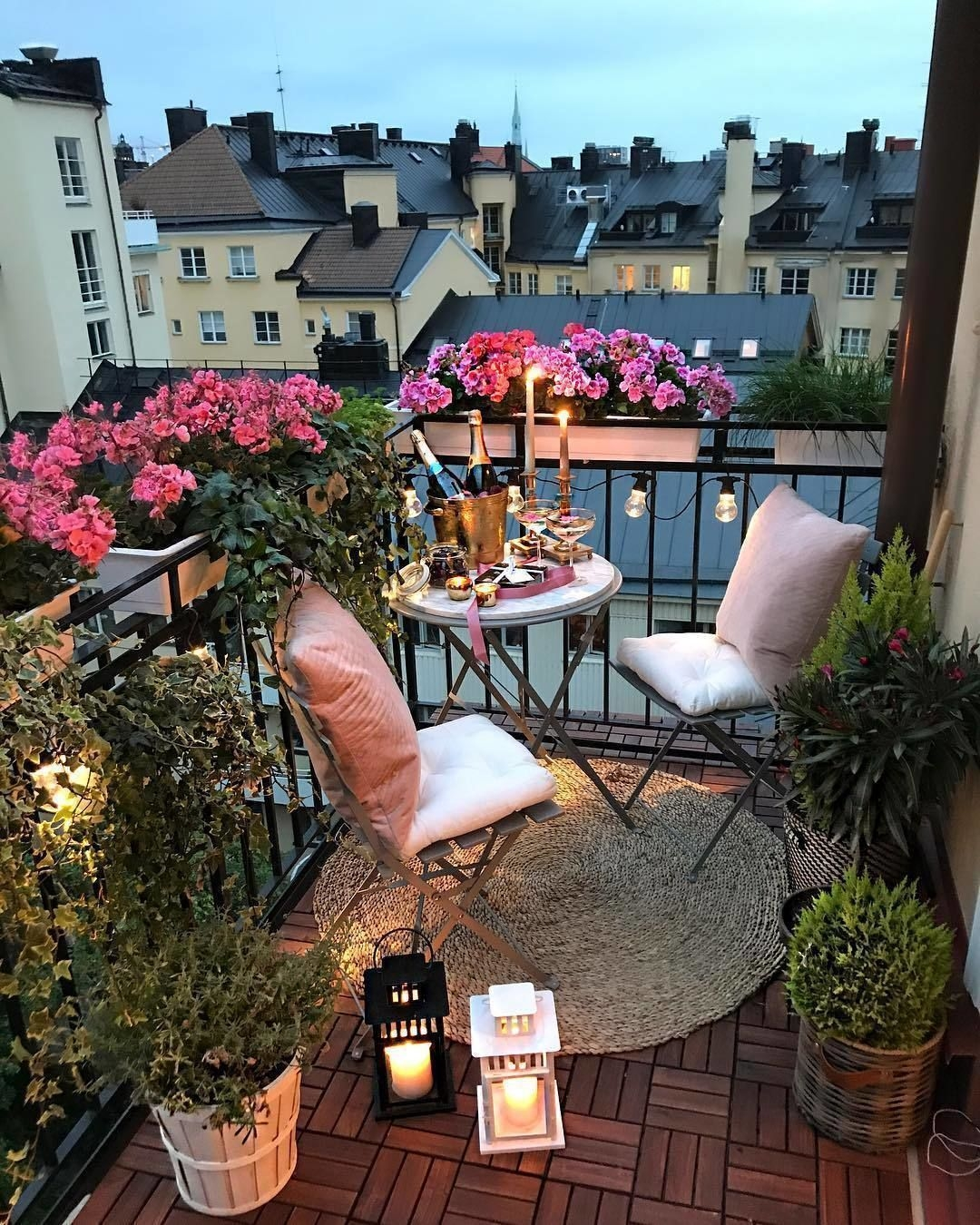 Perfect Small Balcony Design Ideas 06