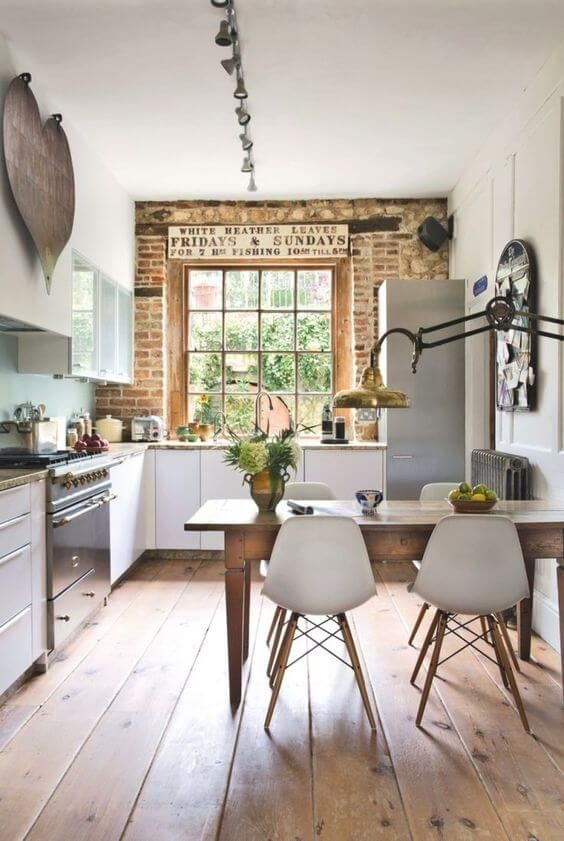 Unique Farmhouse Interior Design Ideas 19