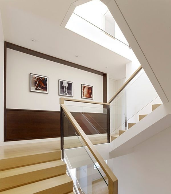 Unique Staircase Landings Featuring Creative Use Of Space 35