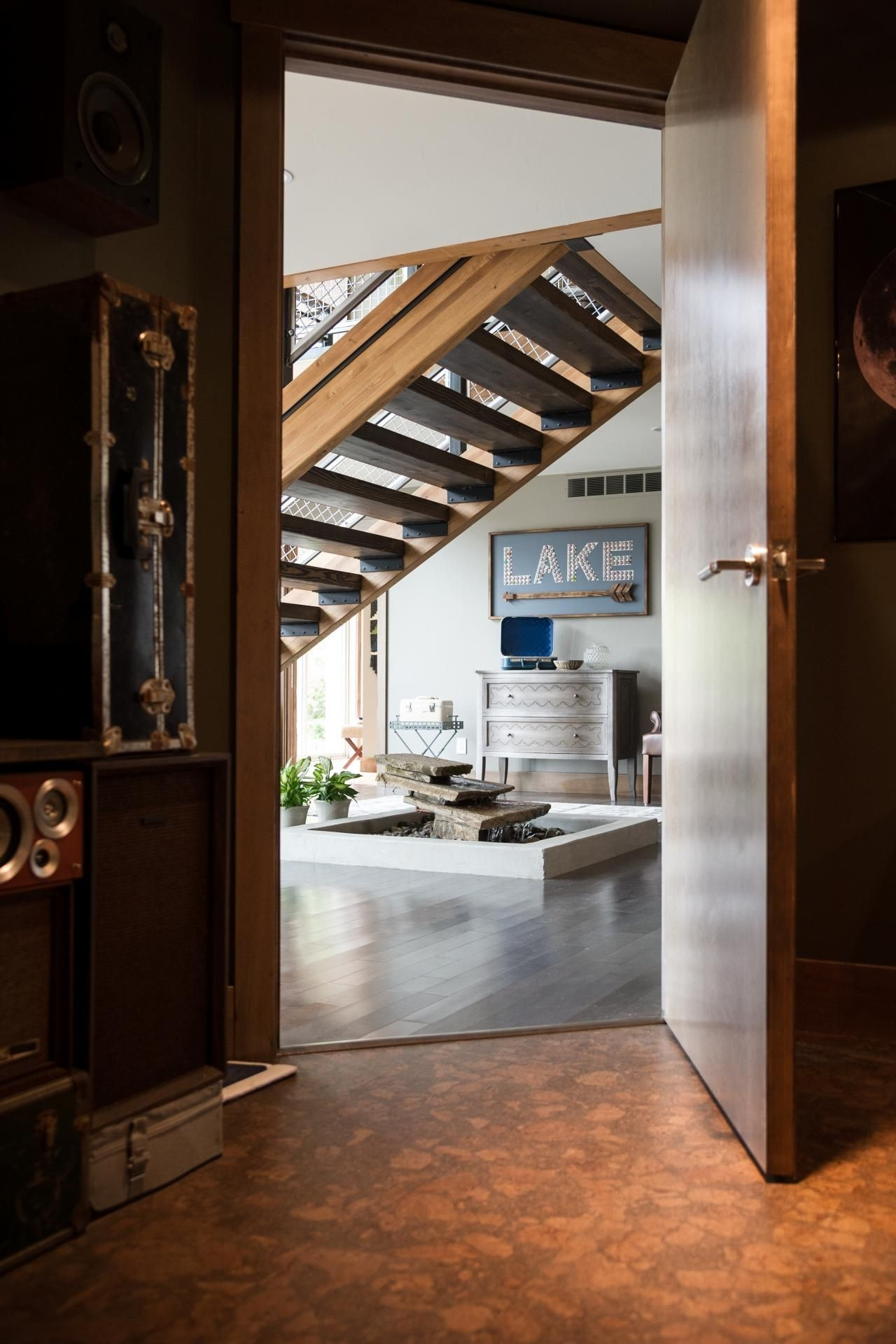 Unique Staircase Landings Featuring Creative Use Of Space 37