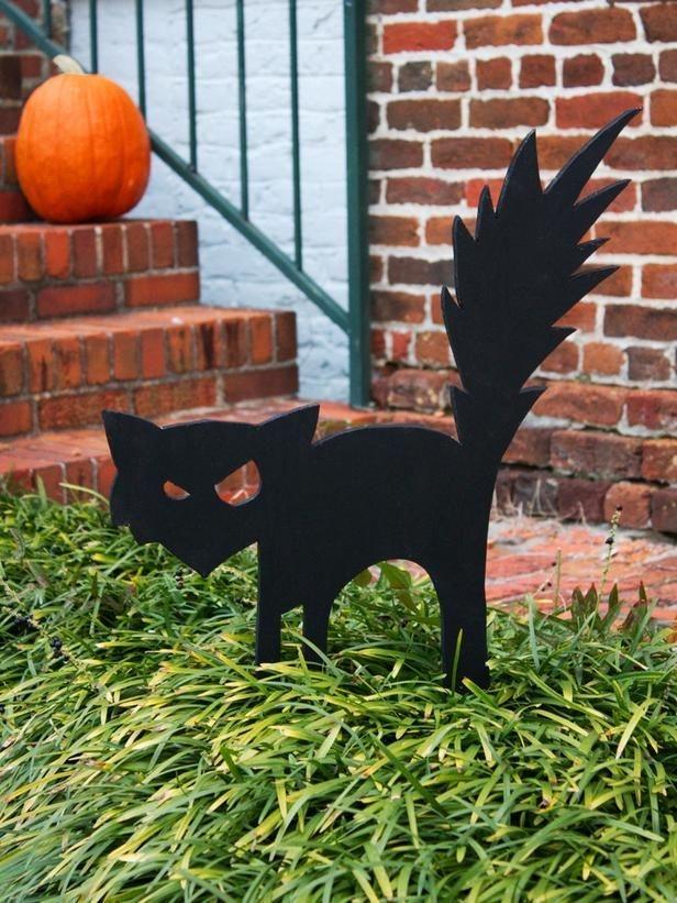 Elegant Diy Halloween Ideas For Outdoor Decoration 10