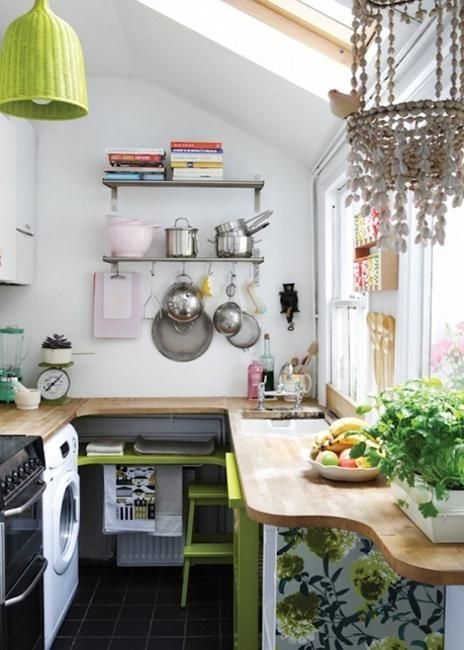 Incredible Kitchen Cabinet Design For Small Spaces 10