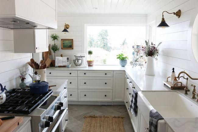 Incredible Kitchen Cabinet Design For Small Spaces 30