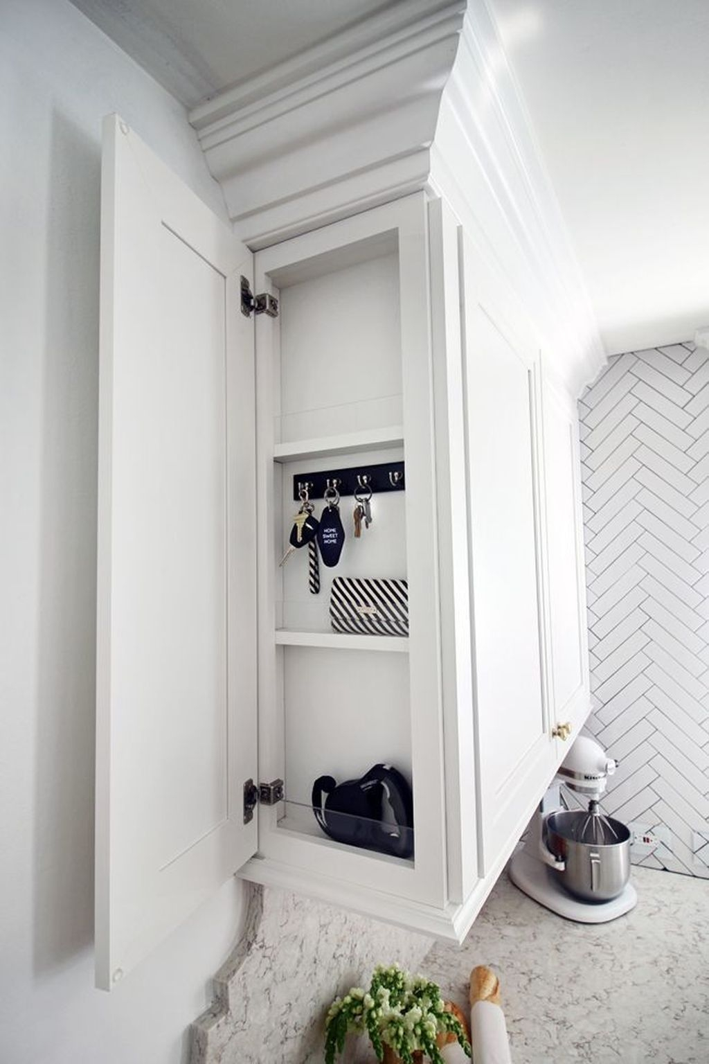 Incredible Kitchen Cabinet Design For Small Spaces 40