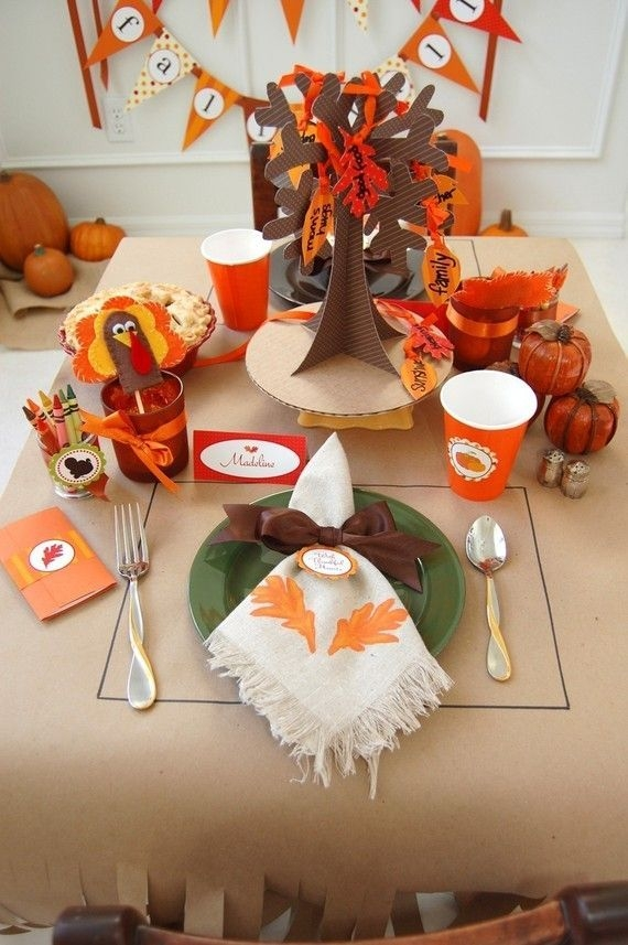 Lovely Turkey Decor For Your Thanksgiving Table Ideas 01