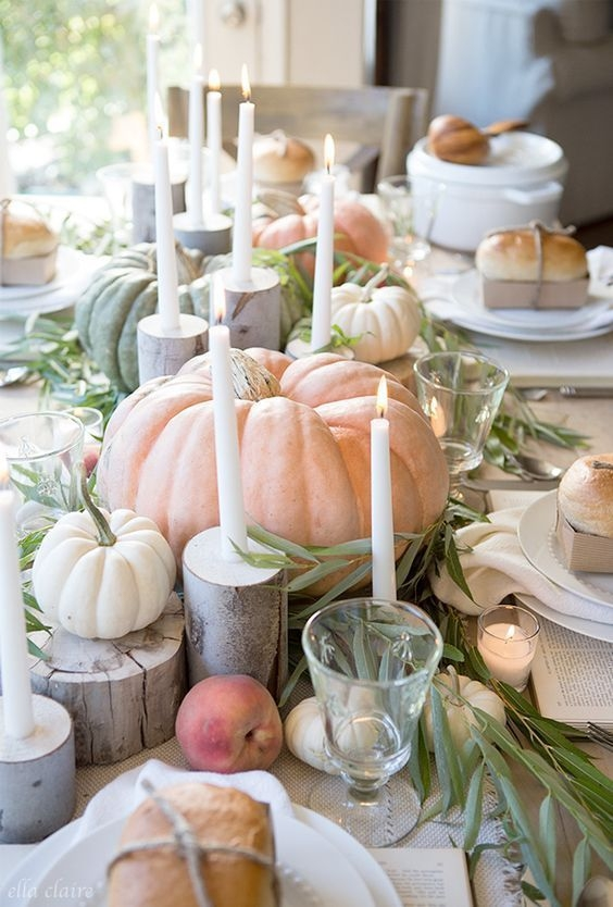 Lovely Turkey Decor For Your Thanksgiving Table Ideas 15