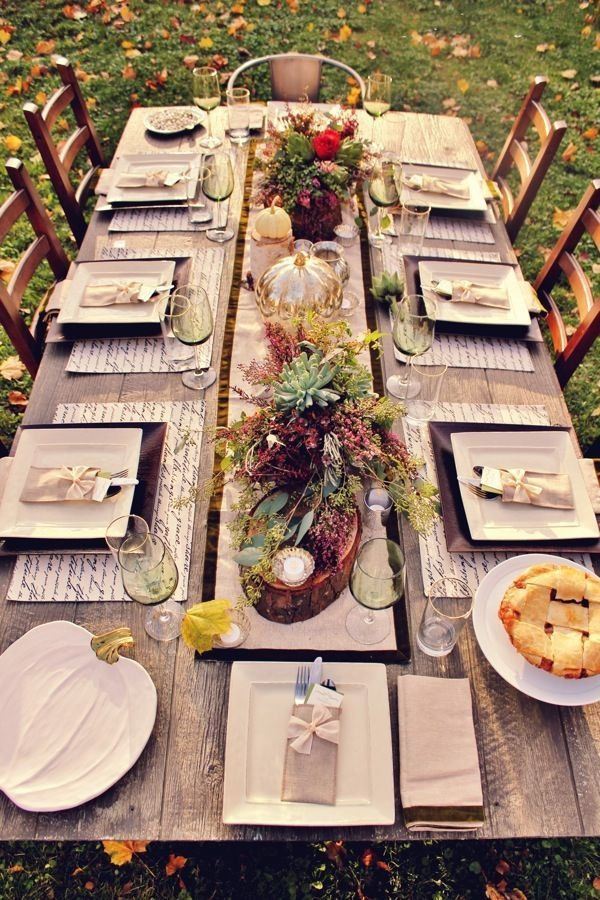Lovely Turkey Decor For Your Thanksgiving Table Ideas 26