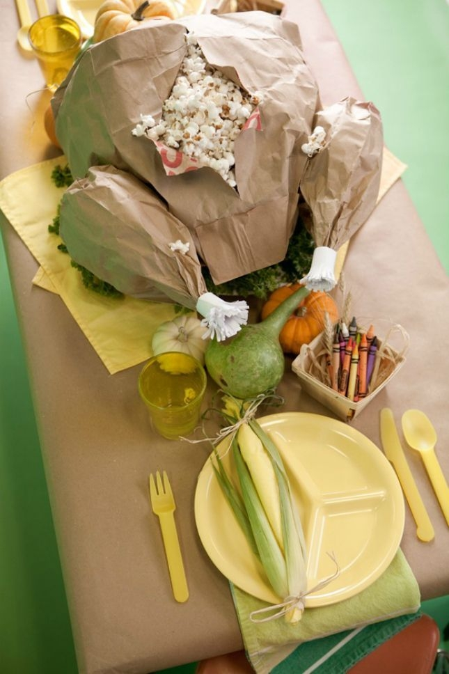 Lovely Turkey Decor For Your Thanksgiving Table Ideas 30