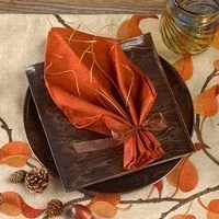 Lovely Turkey Decor For Your Thanksgiving Table Ideas 32