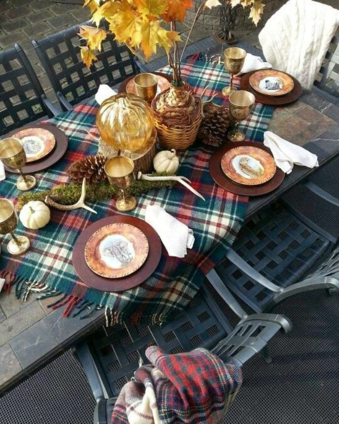 Lovely Turkey Decor For Your Thanksgiving Table Ideas 38